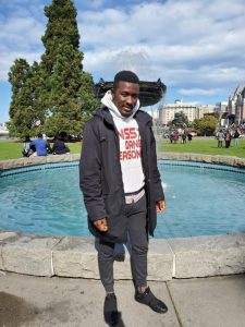 SEYI, Exclusive Interview with Seyi Senzino Host Radio Noise Maker